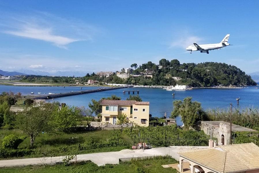 Посадка на Корфу