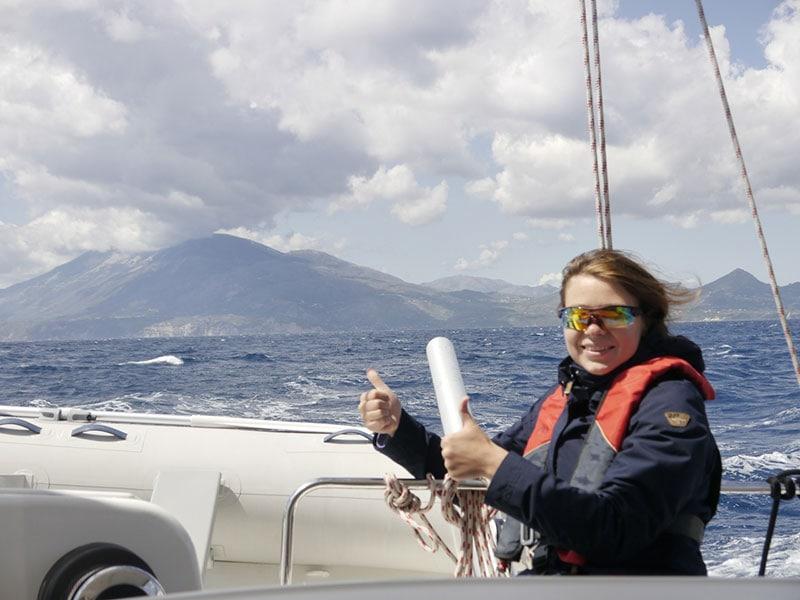 Штормит – бесплатное путешествие на яхте