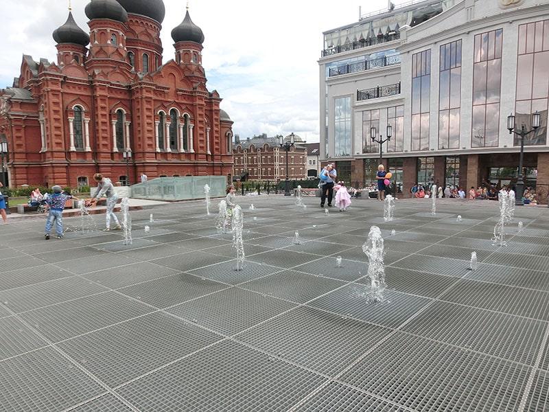 Поющий фонтан в центре Тулы