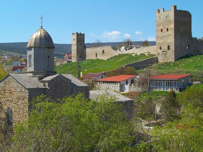 Остатки Генуэзской крепости в Феодосии