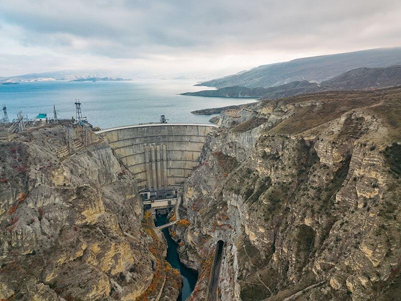 Плотина Чиркейской ГЭС