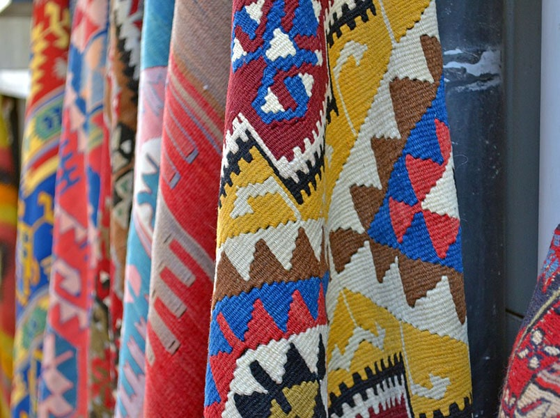 Текстиль с восточным орнаментом