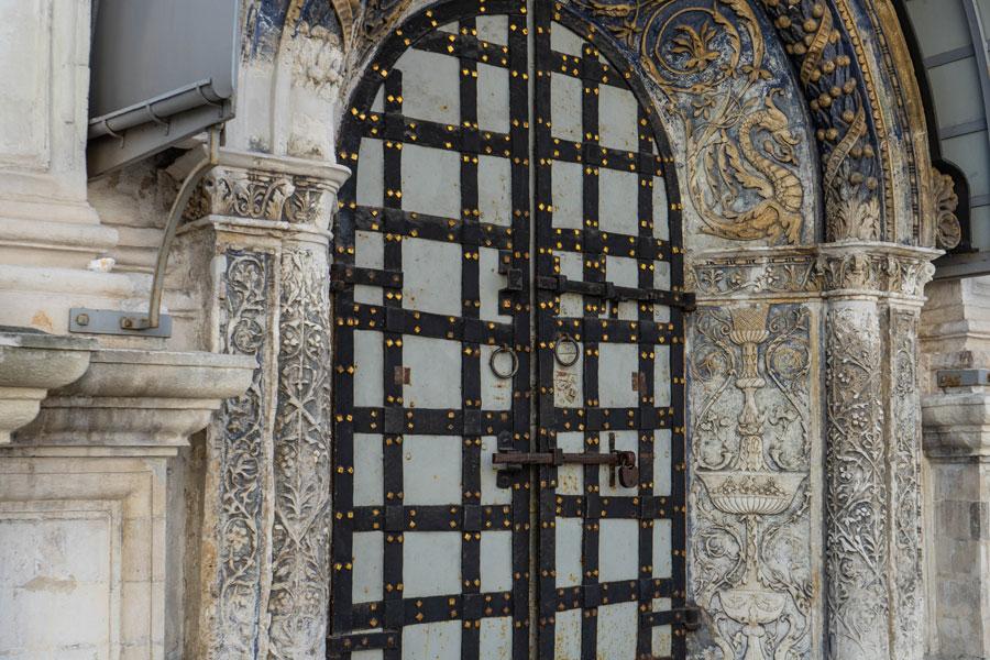 Врата Архангельского собора
